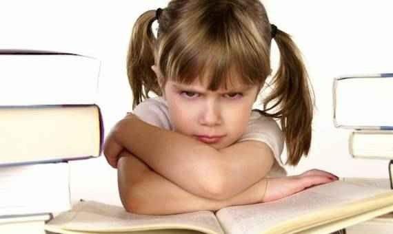 Photo of كيف أحب القراءة : دليلك لحب القراءة في ثلاث خطوات