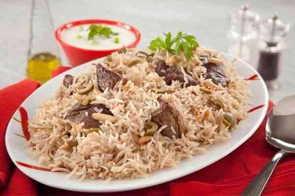 الأكلات المشهورة في سلطنة عمان