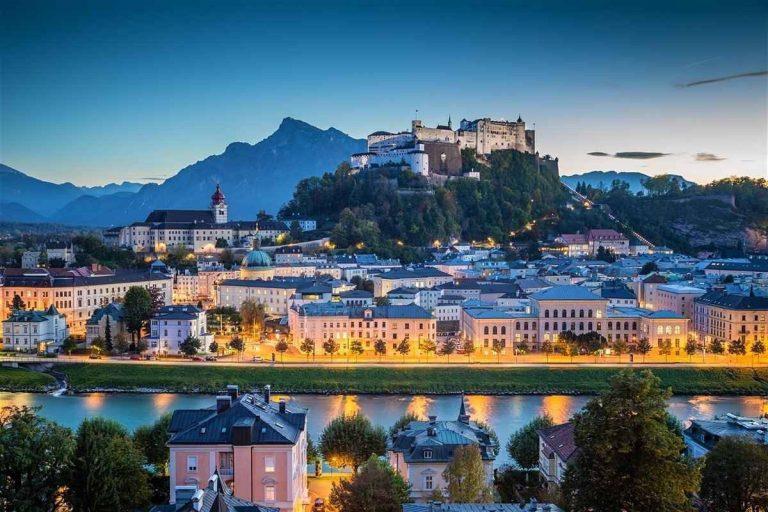 المناطق السياحية القريبة من سالزبورغ Salzburg
