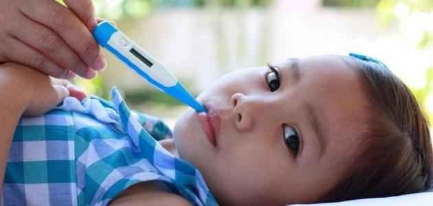 طريقة قياس درجة حرارة الطفل