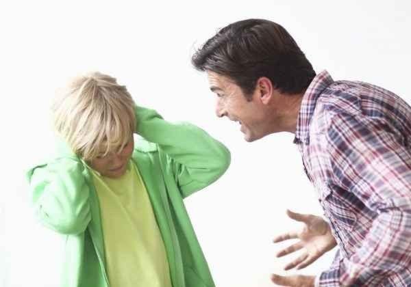 كيف أتعامل مع أبي العصبي .. نصائح هامة جداً للتعامل مع الأب العصبي