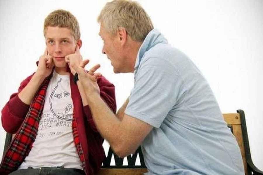 Photo of كيف تتعامل مع المراهق العنيد؟ تعرف على أساليب العناد عند المراهقين وطرق معالجتها