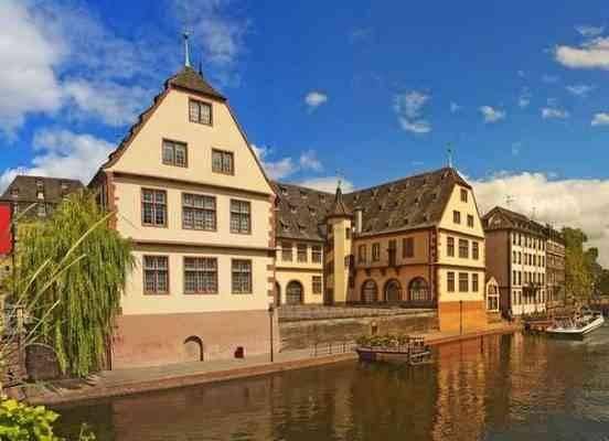 """إليك..أهم الأنشطة السياحية بمتحف """"ستراسبورغ التاريخى"""".."""