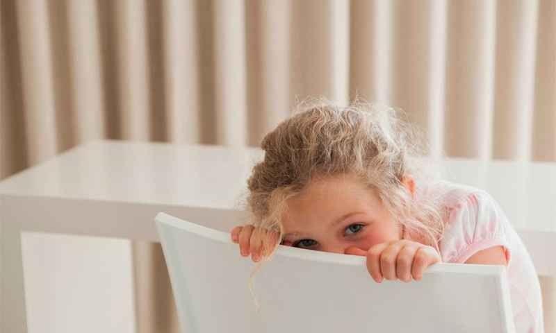 مشكلة الخجل عند الاطفال
