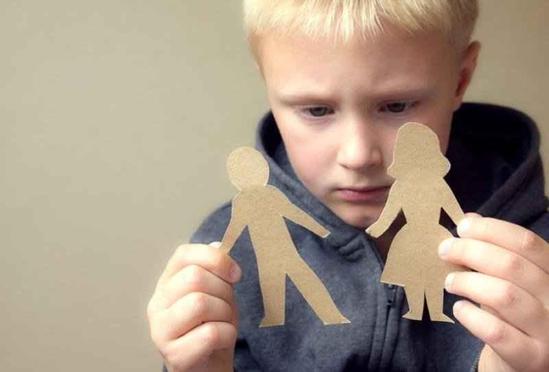مشاكل الاطفال النفسية بعد الطلاق
