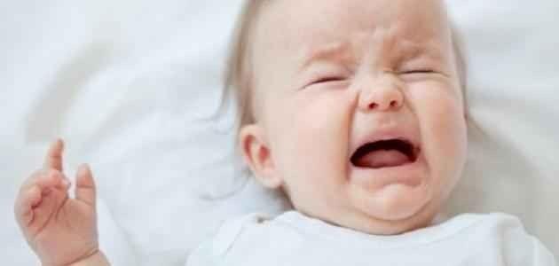 تعرفى على أسباب بكاء الطفل الرضيع ليلا