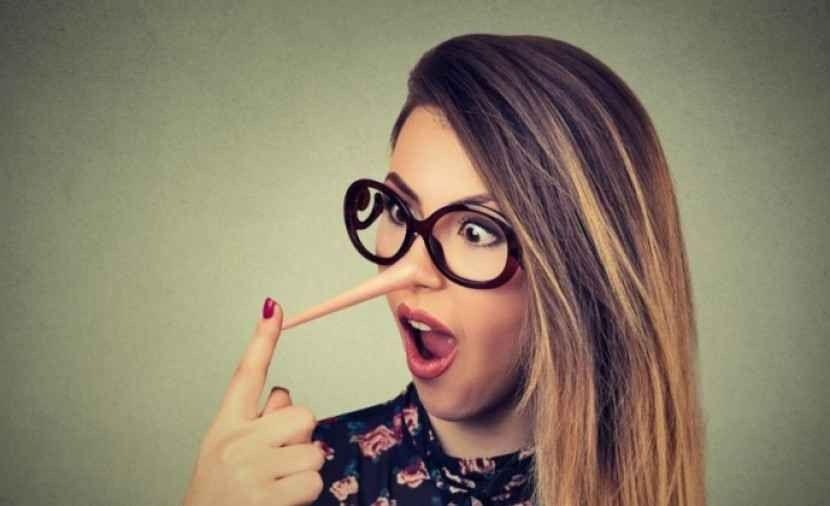 Photo of كيف تتعامل مع المراهق الكذاب ؟ تعرف على طرق التعامل مع كذب المراهق والعلاج الفعال له