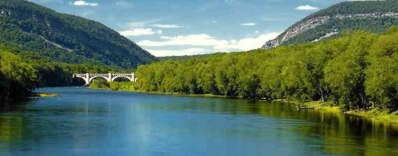 The Delaware River - المناطق السياحية القريبة من نيويورك New York
