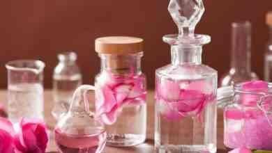 Photo of فوائد زيت الورد .. تعرفوا معنا على أهمية زيت الورد وفوائده المتعددة للبشرة والجسم