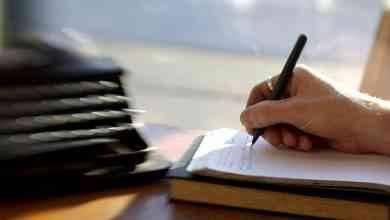 Photo of كيف أتعلم الكتابة ؟.. تعرف على افضل الاساليب لتعلم الكتابة ومراحل تطورها