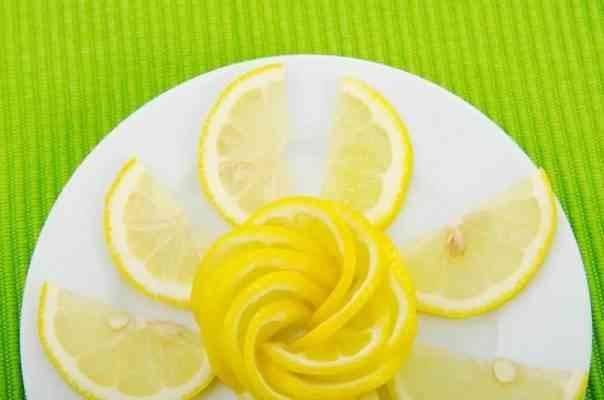 فوائد قشر الليمون لمكافحة السرطان