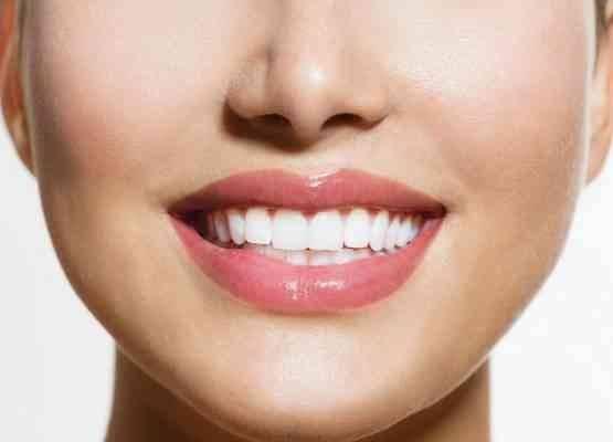 فوائد قشر الموز للأسنان