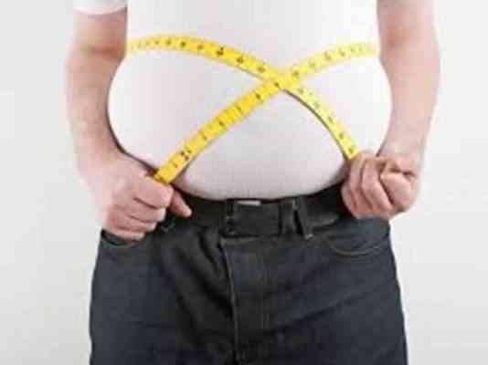 أضرار مشروبات الدايت على زيادة الوزن ومحيط الخصر