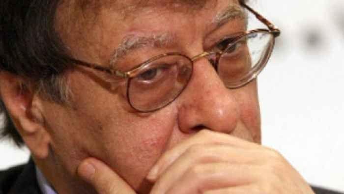 سيرة ذاتية عن الشاعر محمود درويش