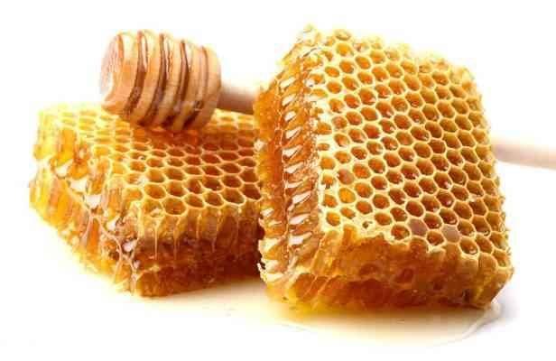 فوائد العسل الطبيعى على الريق