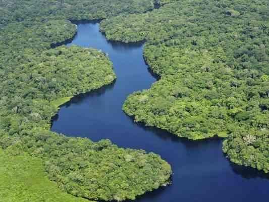 نهر الأمازون في البرازيل