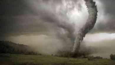 Photo of كيف يتكون الاعصار .. ومعلومات عن الإعصار ..