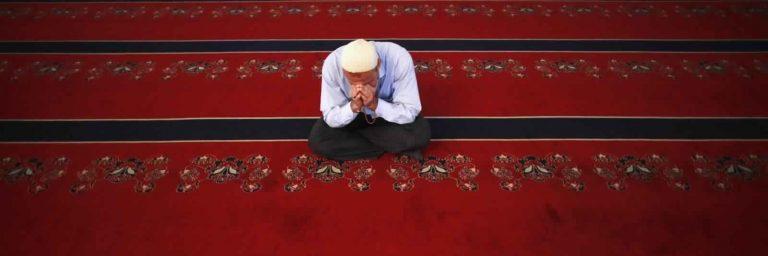 الأذكار الصحيحة بعد الصلاة وفضلها