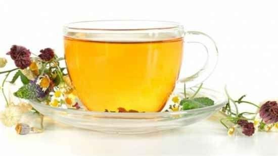 فوائد شرب شاي الأعشاب للبشره - فوائد شرب شاي الأعشاب