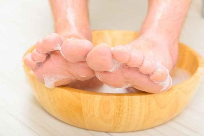 أهمية تنظيف القدمين