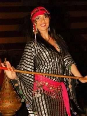 تعرف على كيف أتعلم الرقص المصري بالخطوات