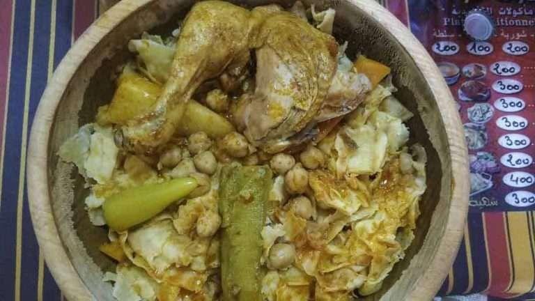 تناول الطعام الجزائري