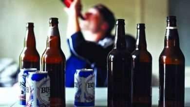 Photo of كيفية التعامل مع الزوج الذي يشرب الخمر .. 7 طرق للسيطرة على زوجكِ مدمن الخمور