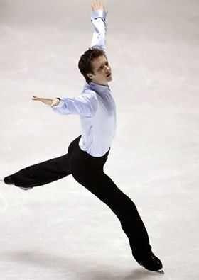 معلومات عن رياضة الرقص على الجليد