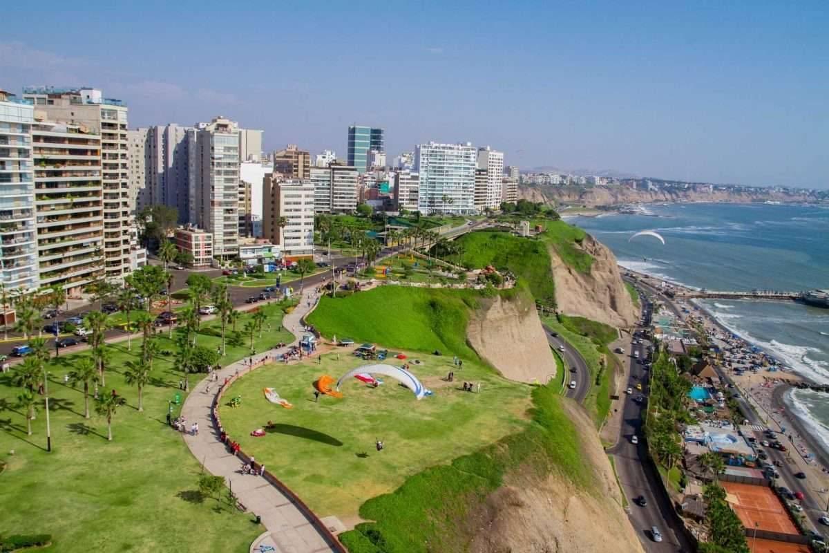 أفضل وقت لزيارة المناطق الساحلية في بيرو