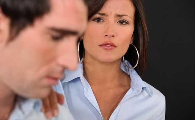 طرق آخري لكيفيه التعامل مع الزوج - طريقة التعامل مع الزوج الذي يفضل اهله