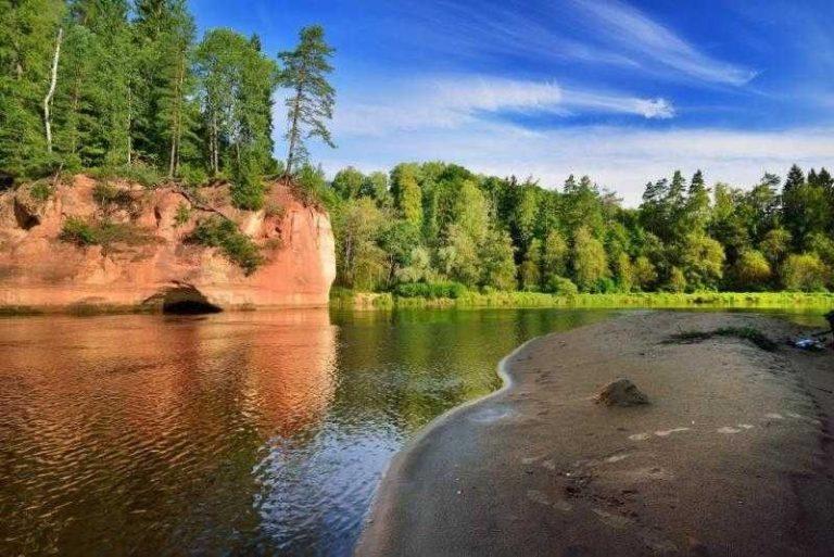 حديقة غواجا الوطنية .. الطبيعة في لاتفيا