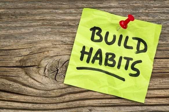 تطوير عادات يوميّة مفيدة