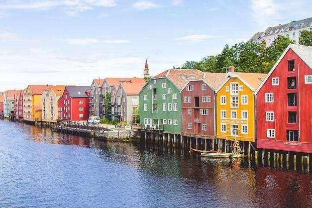 المسافات بين مدن ترومسو- المسافات بين مدن النرويج