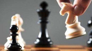 صورة اخطاء شائعة في الشطرنج..اخطاء الفتحه والمنتصف والنهاية في الشطرنج