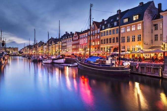 الصناعات .. معلومات عن دولة الدنمارك