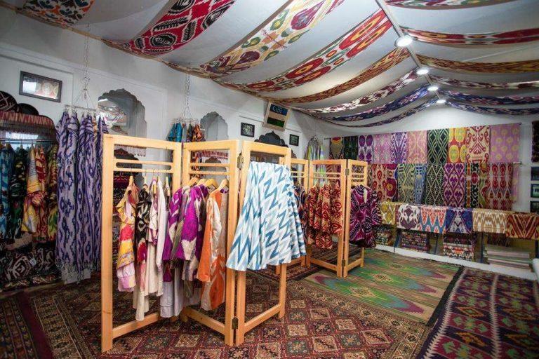 أسواق الملابس في أوزباكستان