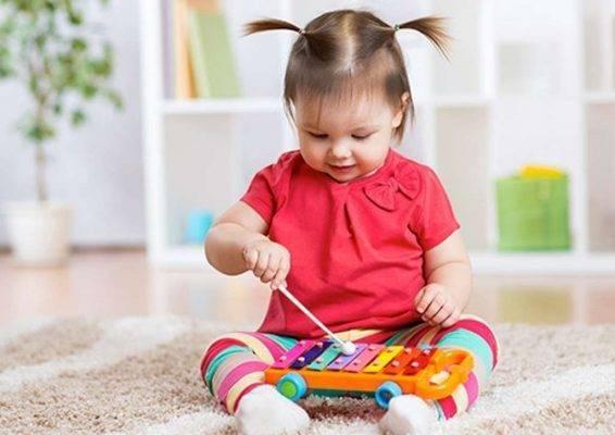 إليك طريقة تربية الأطفال في عمر السنة ونصف