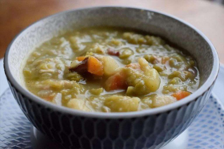 حساء البازلاء الهولندية
