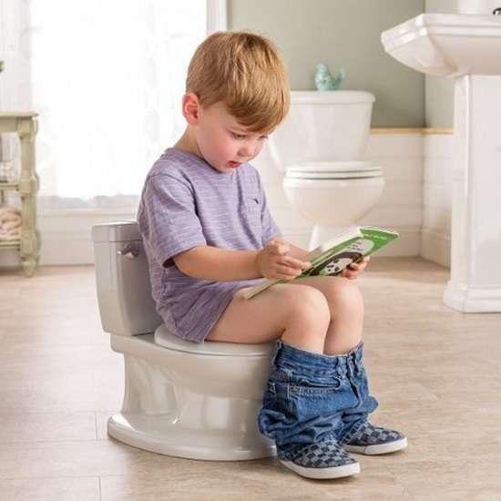 طريقة تعليم الأطفال دخول الحمام