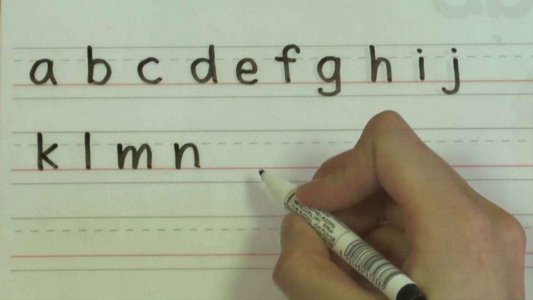طريقة تعليم الأطفال الإملاء بالكتابة
