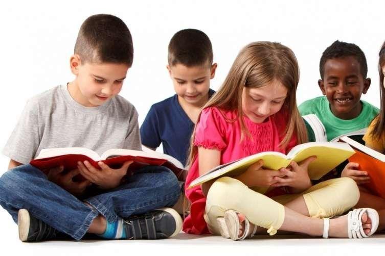 نصائح للوالدين عند تعليم الأطفال القراءة