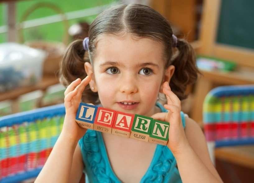 طريقة تعليم الأطفال الإنجليزي