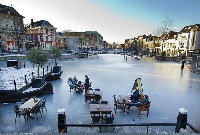 - مقاهي ومطاعم هولندا في الشتاء