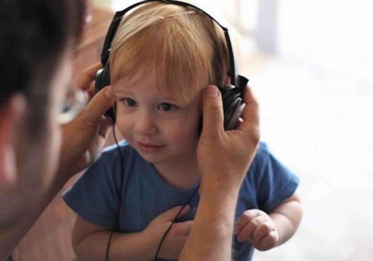 طريقة تعليم الأطفال الكلام بالموسيقى