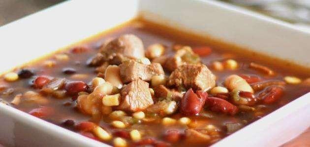 وصفة حساء الفاصوليا البيضاء ونقانق الدجاج