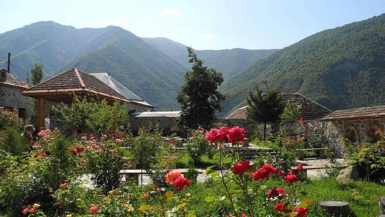 معلومات عن مدينة شاكي اذربيجان