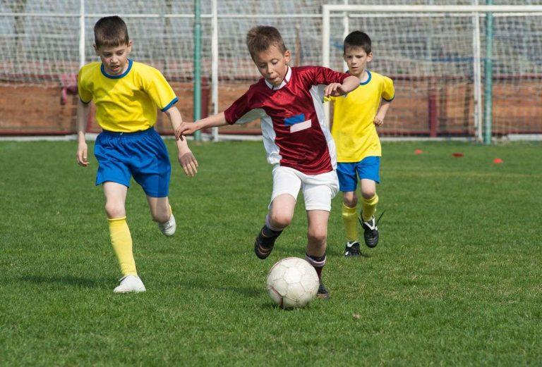 اسرع لاعب في تاريخ كرة القدم