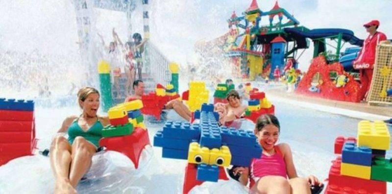 الملاهي المائية - حدائق دبي الترفيهية