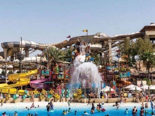 الملاهي المائية في دبي - حدائق دبي الترفيهية