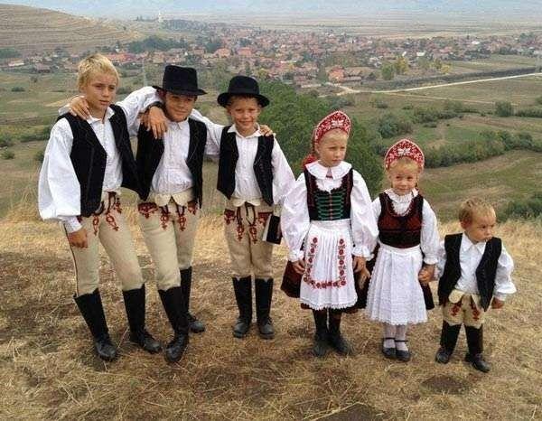 أسعار ملابس الأطفال في هنغاريا لعام 2019